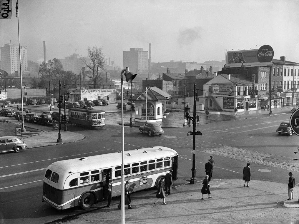 Ford Louisville Ky >> Broadway - Historic Photos Of Louisville Kentucky And Environs